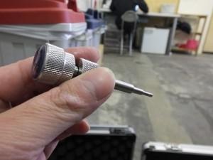 DSCF3003 300x225 - 車 ガラス ひび割れ 補修 | フロントガラスリペア 東京